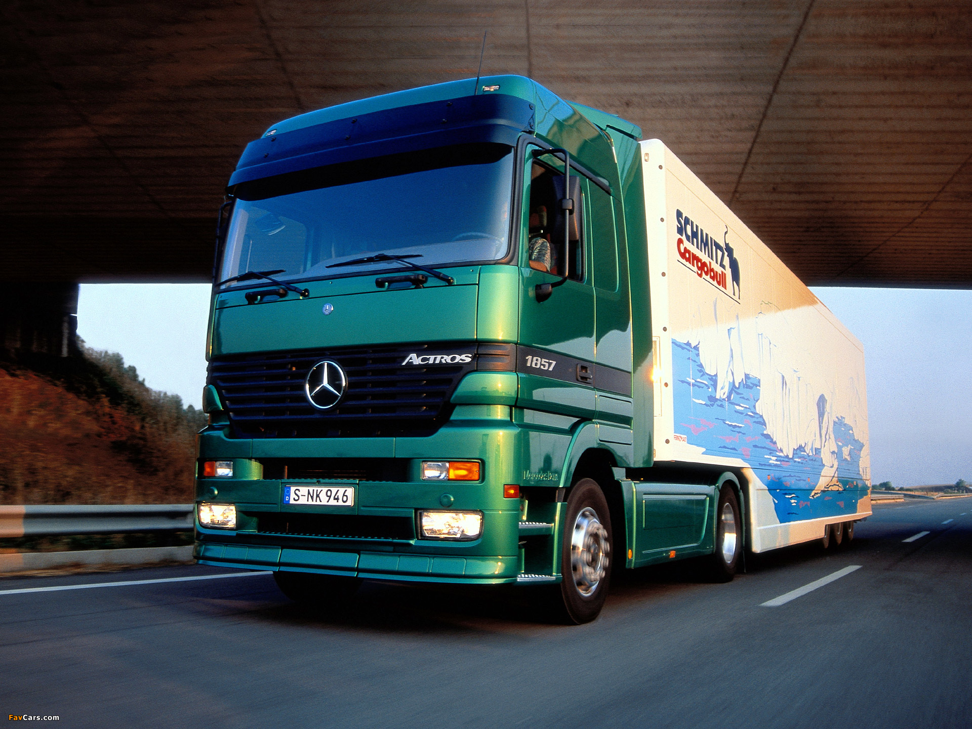 wallpapers_mercedes-benz_actros_1997_8.jpg