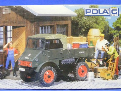 0012513_unimog-70200-1948-model-plastic-kit-pola-POL1890.jpg